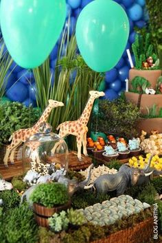 realistic animal figurines or leans towards animated characters? Jungle Party, Baby Party, Baby Shower Parties, Safari Theme Birthday, Boy Birthday Parties, 60th Birthday, Safari Party Decorations, 2 Baby, Lion King Birthday