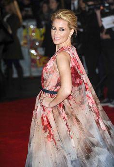 Elizabeth Banks in Elie Saab Couture