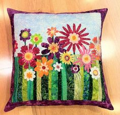 RosemarieW made a great quilt fusing project in her Happy Flowers pillow.