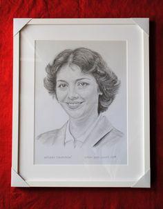 Božidara Turzonovová, portrét v ráme. Dušan Dudo Hanes