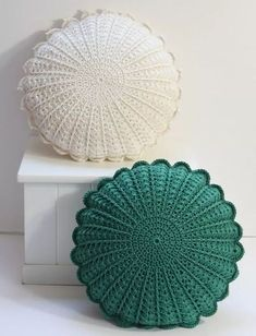 Best Picture For topflappen stricken For Your Taste You are looking for something, and it is going t Crochet Pillow Patterns Free, Crochet Motifs, Crochet Doilies, Crochet Stitches, Knitting Patterns, Afghan Patterns, Crochet Granny, Crochet Home Decor, Diy Crochet