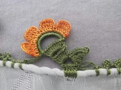 Needle Lace, Crochet Flowers, Needlework, Crochet Necklace, Handmade, Garlands, Jewelry, Model, Handmade Crafts