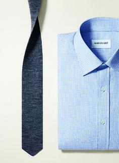 -Chemise Classic Fit en twill de coton d'Egypte à carreaux, col classique. -Cravate en maille Shima.