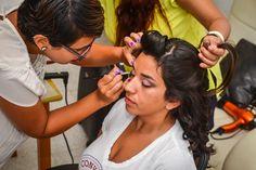En acción con nuestras novias! Maquillaje de novias a domicilio
