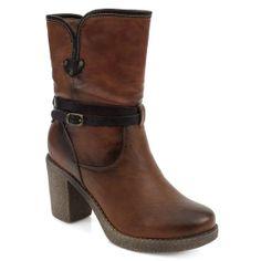 Μποτάκια με chunky τακούνι από το www.inshoes.gr  Ankle boots with a 8e4ef78305b