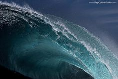 Australian photographer Ray Collins   Stunning Photos of Surging Ocean Waves Frozen in Time - My Modern Met