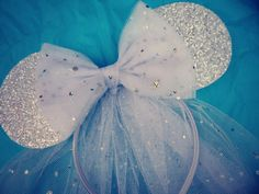 Disney Minnie Mouse Ears with Traditional Veil by tutufactory