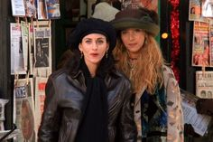 Rachel Green, Monica Friends, Besties, Bff, Friends Show, Outfits With Hats, Looks Vintage, Types Of Fashion Styles, Role Models