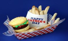 Father's Day is coming!  Check out this great idea for making a cupcake burger & cookie fries!