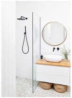 Bathroom Inspo, Bathroom Styling, Bathroom Storage, Bathroom Organization, Organisation Hacks, Ikea Bathroom, Boho Bathroom, Bathroom Plants, Bathroom Shelves