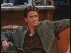 Chandler Bing :) Love him :) Funny guys= Sexy guys Chandler Friends, Joey Friends, Friends Cast, Friends Episodes, Friends Moments, Friends Tv Show, Friends Family, Chandler Bing, Matthew Perry Friends
