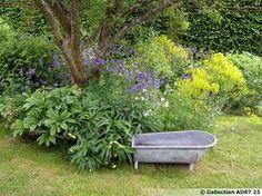 tout est bon dans la déco au jardin.
