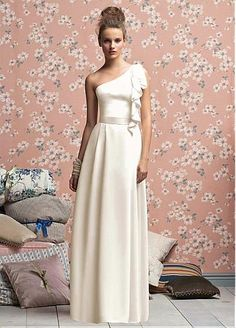 Stunning Chiffon Sheath One Shoulder Bridesmaid Dress ( I love this dress this is it)