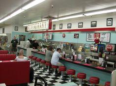 Image detail for -The Huntridge Diner Returns : Living Las Vegas Vintage Diner, Retro Diner, 1950s Diner, 1990 Style, Diner Decor, American Diner, Relaxation Room, Soda Fountain, Hobby Shop