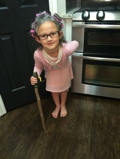 day of school celebration : dress like a 100 year old person! The Effective Pictures We Offer 100 Day Of School Project, 100 Days Of School, School Projects, School Stuff, Girls Dress Up, Little Girl Dresses, Old Lady Costume, Costume Zombie, Halloween Costumes