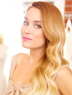 Ombre hair and a pink lip, perfect for any summer wedding.