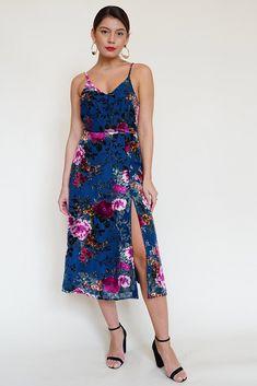 Holiday dressing guide: rich velvet floral dress with slit Slit Dress, Dress Skirt, Insta Models, Australian Fashion, A Line Skirts, Designer Dresses, Cool Outfits, Party Dress, Velvet