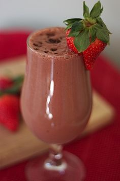 Body by Vi Chocolate Covered Strawberries Recipe: 8 oz. Skim, Soy, Rice or Almond Milk - 2 Scoops Vi-Shape Nutritional Shake Mix - 5 Frozen Strawberries - 1 Chocolate Cardia Care Shape-Up Health Flavor Mix-in Packet (or 1 Tbsp. Cocoa Powder) - 4-6 Ice Cubes