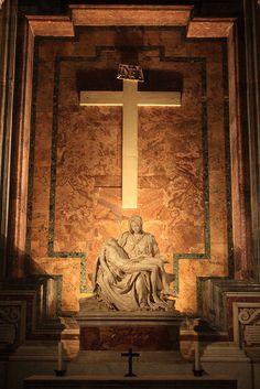 La Piedad de Michelangelo's, Catedral de San Pedro, el Vaticano Italia.