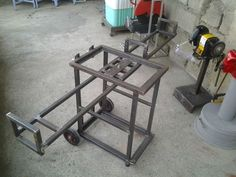 Loyal sparked metal welding tips anonymous Welding Cart, Welding Jobs, Welding Table, Metal Welding, Diy Welding, Welding Ideas, Welding Process, Metal Working Tools, Metal Shop