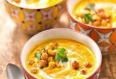 Mrkvový krém s cizrnou 20 Min, Tortellini, Chana Masala, Cheeseburger Chowder, Thai Red Curry, Meal Prep, Buffet, Food And Drink, Meals