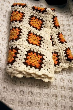 A baby granny square blanket. (With instructions)