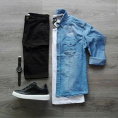 Chambray Shirt Outfits, Mens Casual Dress Outfits, Denim Outfit, Retro Outfits, Fashion Outfits, Latest Men Hairstyles, Fashion Network, Men Fashion Show, Outfit Grid