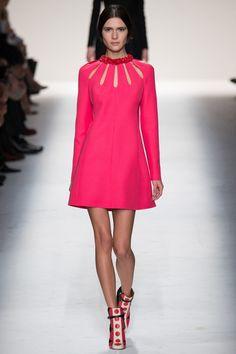 VALENTINO, Fall/Winter 2014-2015 (Paris Fashion Week) | L'Entre-Deux by FASHIZBLACK.com