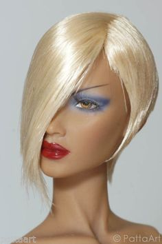 BOB #13.R74  (Limited Blond)  for  ALL Sybarites / The Numina Doll / JAMIEshow  Features:      Material = Katsilk Saran Doll hair      This amazing side-parted streaked BOB wig is best fit for ALL CLONES of Sybarites, the Nunima, Gene and JAMIEshow Doll.