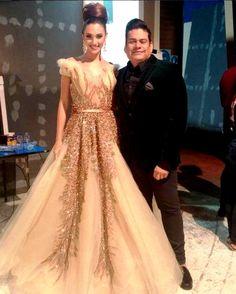 Edymar Martinez Miss Venezuela Internacional 2014..  luciendo en hermoso traje diseñado por Raenra para la entrega del titulo a su Sucesora en el Miss Venezuela 2015