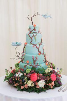 Whimsical Woodland Fairytale Wedding Cake http://www.lisadawn.co.uk/