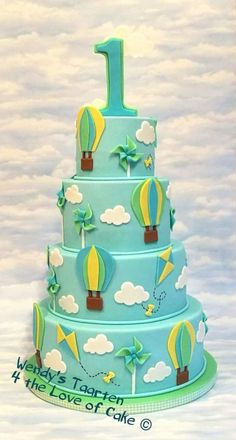 Clouds and hot air balloons - Cake by Wendy Schlagwein