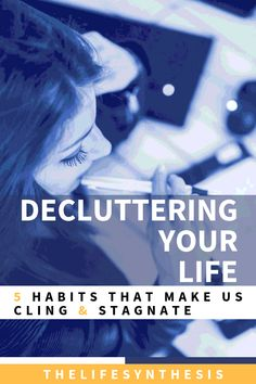 Decluttering your life is a necessary step in moving on to better things. We all grow through life learning lessons, and need to leave the old behind. Time Management Tools, Time Management Strategies, Productive Things To Do, Habits Of Successful People, List Of Habits, Bad Habits, Organization Skills, Declutter Your Life, Life Learning