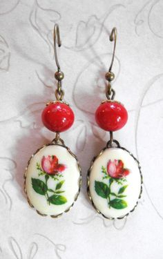 Red rose earrings vintage style red glass beads by botanicalbird