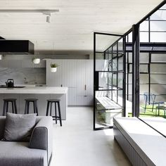 Detail Collective | Interior Spaces | Fitzroy Loft by Architects EAT| Image:Derek Swalwell