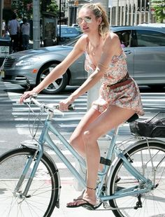 Candice defining bike chic