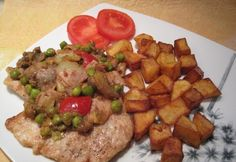 Ketchup, Beef Recipes, Sausage, Bacon, Pork, Ethnic Recipes, Budapest, Meat Recipes, Kale Stir Fry