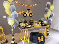 Construction Truck Birthday Cake Decoration with Construction Zoo Happy Birthday Banner Truck Forklift . Construction Birthday Parties, Construction Party, 3rd Birthday Parties, Baby Birthday, Birthday Party Decorations, Truck Birthday Cakes, Niklas, Happy Birthday Banners, Deco Table