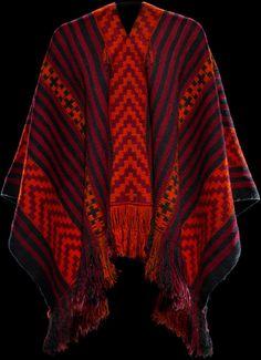 Mapuche (Chile), Poncho, wool, c. 1920.
