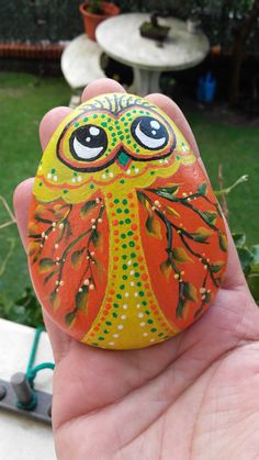 Nº27 painted pebble hand painted stone painted rock by LOSESTONES
