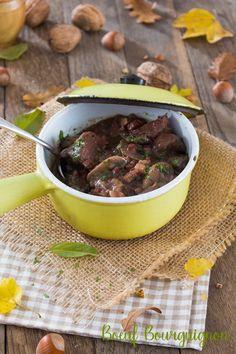 Moi, gourmande ?: Boeuf bourguignon Meat, Food, Beef Bourguignon, Greedy People, Cooker Recipes, Meals, Yemek, Eten