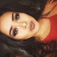 "Alva Jay on Instagram: ""Slumber & Sepia | eyeshadows: Drift & on the rocks @colourpopcosmetics • transition shadows: shade & light palette @katvondbeauty • #inglot 77 liner + matte liquid liner @nyxcosmetics ✖️ lashes: Marilyn mink lashes @shophudabeauty @hudabeauty ✨ | highlight • #gildedhoney @lauragellerbeauty | no blush just abh. original contour kit to chisel my face • #Sepia @anastasiabeverlyhills • #anastasiabrows dip brow ebony"""