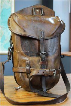 VTG 1900 Euro WW1 Saddle Bomber Brown Leather Messenger Briefcase Mail Bag