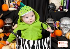 Halloween Minis with Emily Beatty Imagery in Kitchener, Ontario. emilybeatty.com   #KitchenerPhotographer #funphotography #Halloween2013 #spooky