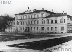 Budynek dowództwa korpusu Wehrmachtu przy pl. Adolfa Hitlera (obecnie pl. Litewski)