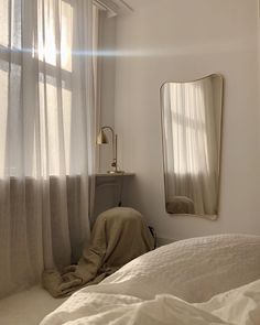 Home Interior 2019 .Home Interior 2019 Easy Home Decor, Cheap Home Decor, Room Ideas Bedroom, Bedroom Decor, Quirky Bedroom, Bedroom Inspo, Bedroom Colors, Bedroom Furniture, Minimalist Room