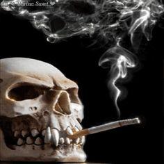 Skull smoke (◣_◢)