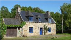 kis francia kertes házak, modern parasztház (lakások, otthonok 11) Pergola, Mansions, House Styles, Modern, Home Decor, Trendy Tree, Decoration Home, Manor Houses, Room Decor