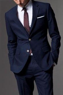 Navy blue suits would look awesome depending on bridesmaid dress color.like lime green.or coral dresses. Burgandy Suit, Navy Blue Suit, Blue Suits, Navy Suit Looks, Deep Blue Suit, Groomsmen Suits, Groom Attire, Mens Suits, Bridesmaid Dress Colors