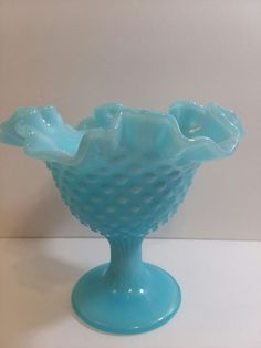 Fenton Blue Milk Glass Pinwheel Frosted Scalloped Candy Dish No Cracks Or Chips Selected Material Glass